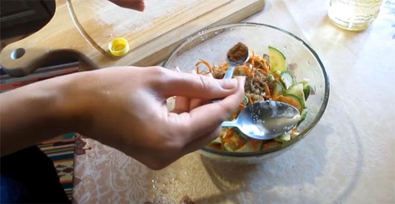 корейский салат из кабачков