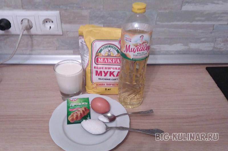 оладьи на молоке и дрожжах