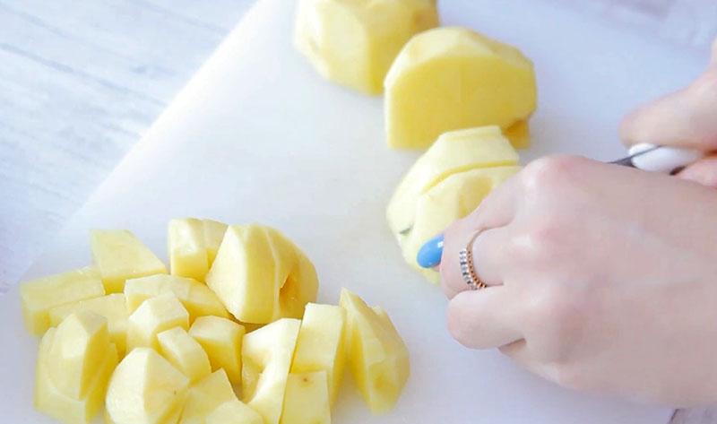 щавелевый суп с курицей и яйцом