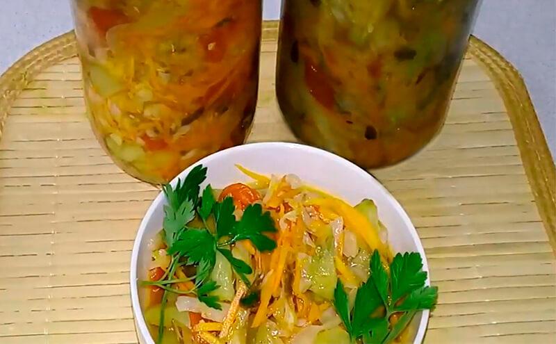 салат из капусты с овощами
