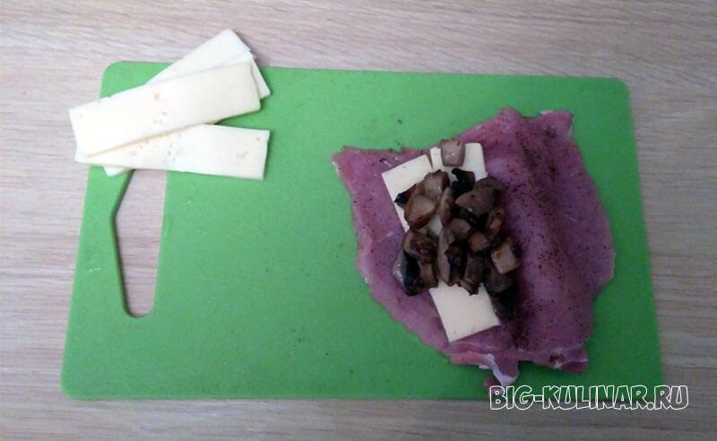 мясные кармашки с грибами