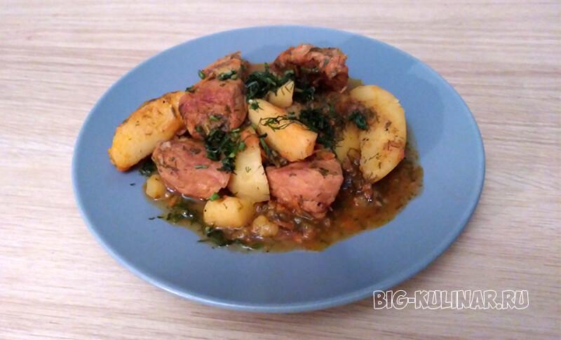 тушеная картошка со свининой