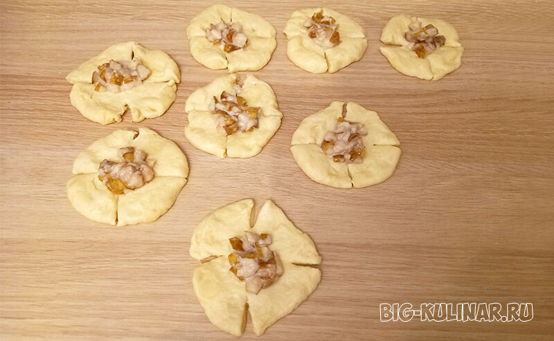 булочки с грушей